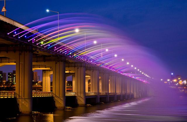 Фонтан радуги (Banpo Bridge)