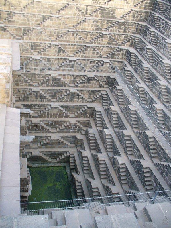 Удивительное сооружение древней архитектуры (20 фото)