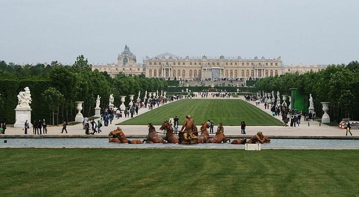 Версальский парк и дворец