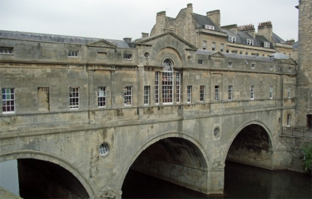 Удивительные жилые мосты