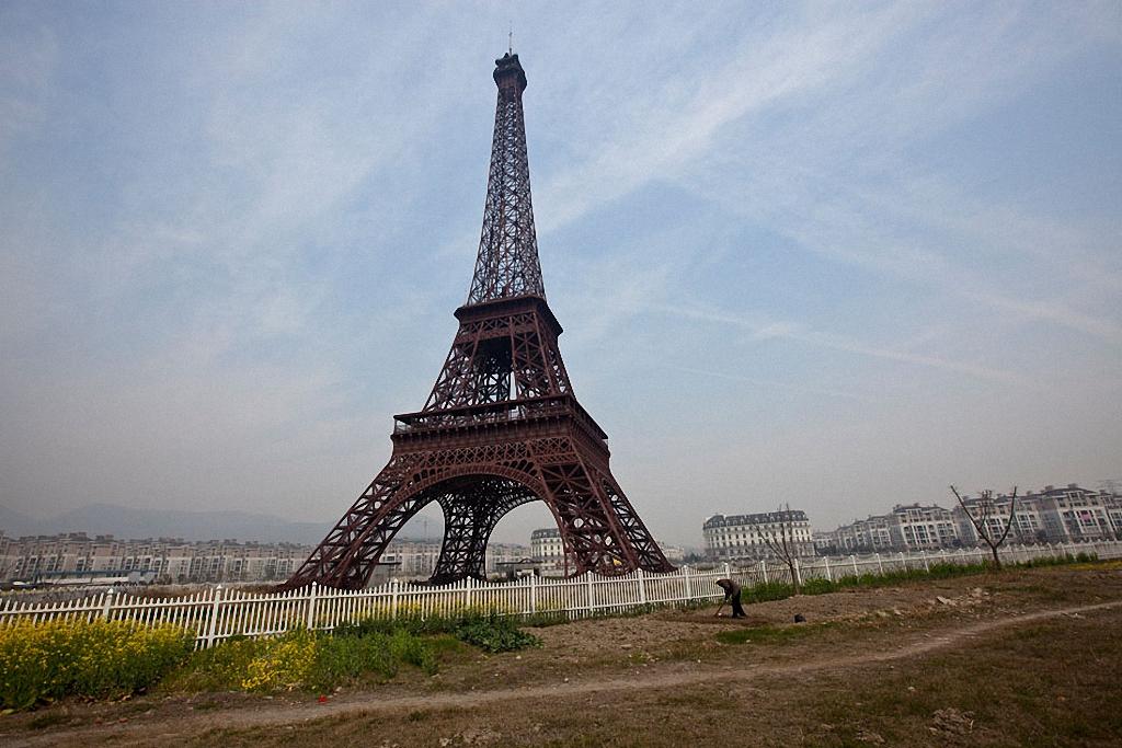 «Эйфелева башня» в провинции Фуцзянь, которую переименовали в Tiancheng