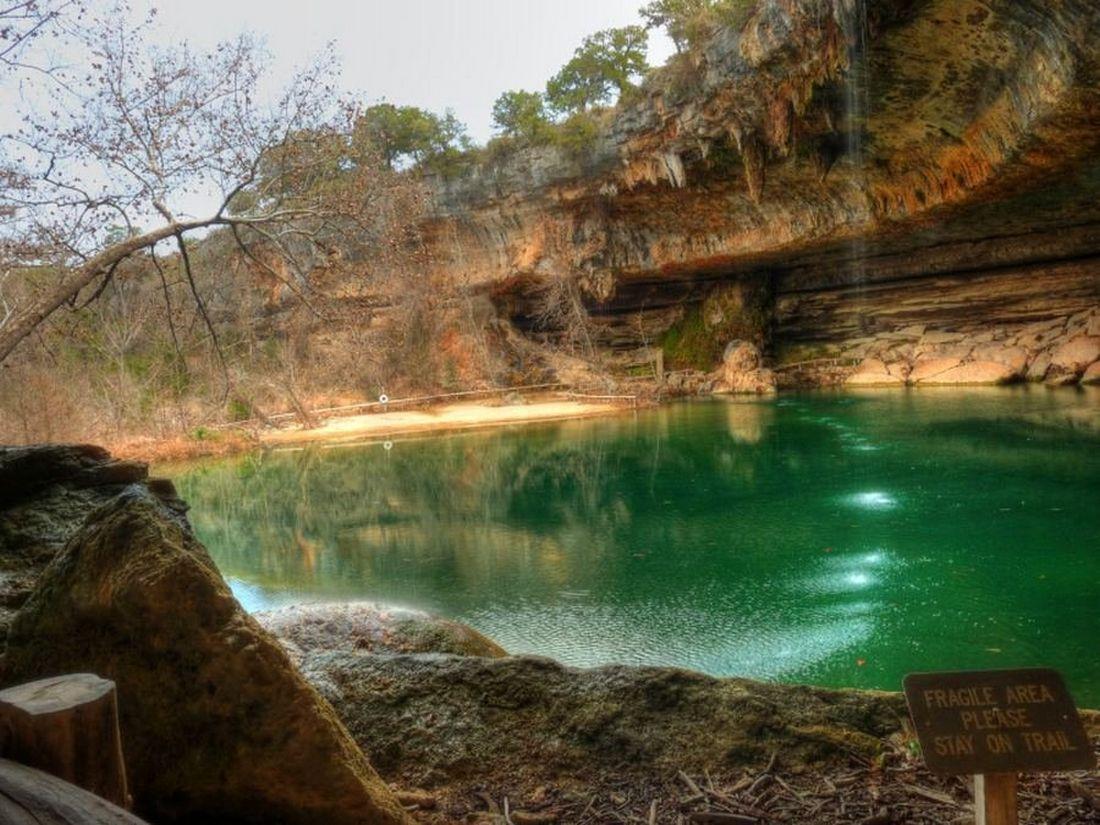 Гамильтон Пул (Hamilton Pool) - наземное и подземное озеро, Остин, США