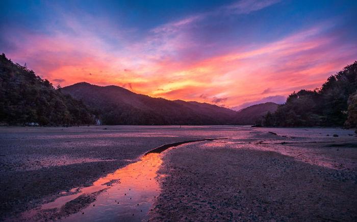 Абель Тасман, Закат (Abel Tasman Sunset). Автор фото: Энтони Харрисон (Anthony Harrison).