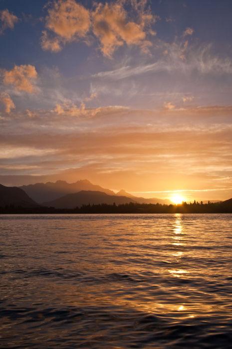 Озеро Хаейс (Lake Hayes). Автор фото: Энтони Харрисон (Anthony Harrison).